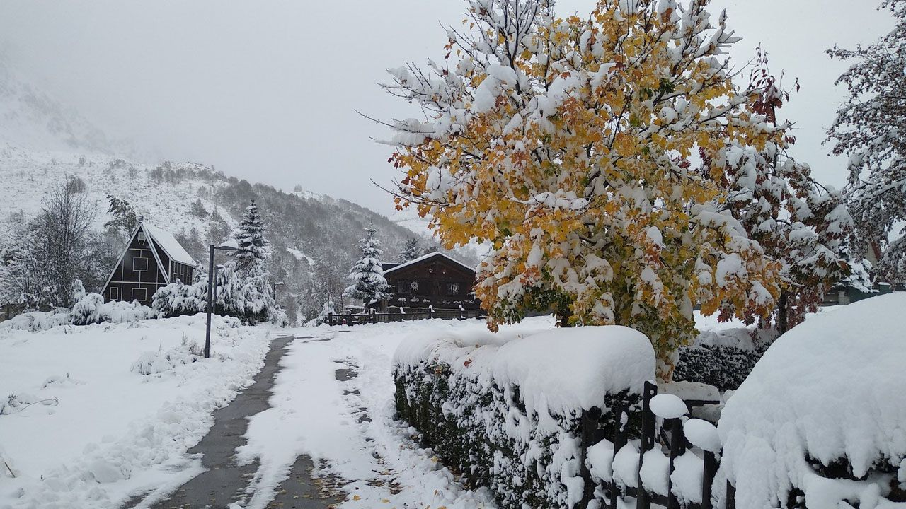Paisaje invernal en La Raya, Aller