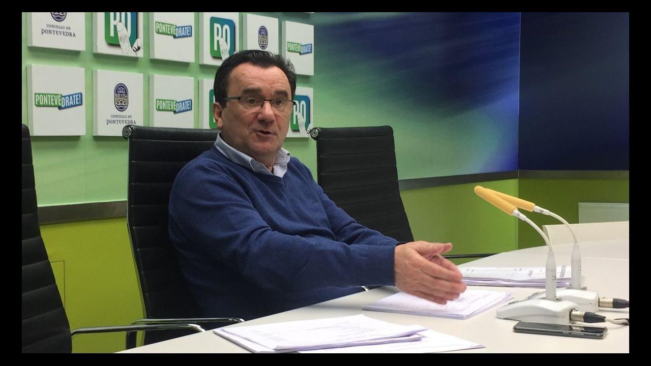 El presidente de la Xunta, Alberto Núñez Feijoo, durante la videoconferencia con el presidente del Gobierno, Pedro Sánchez