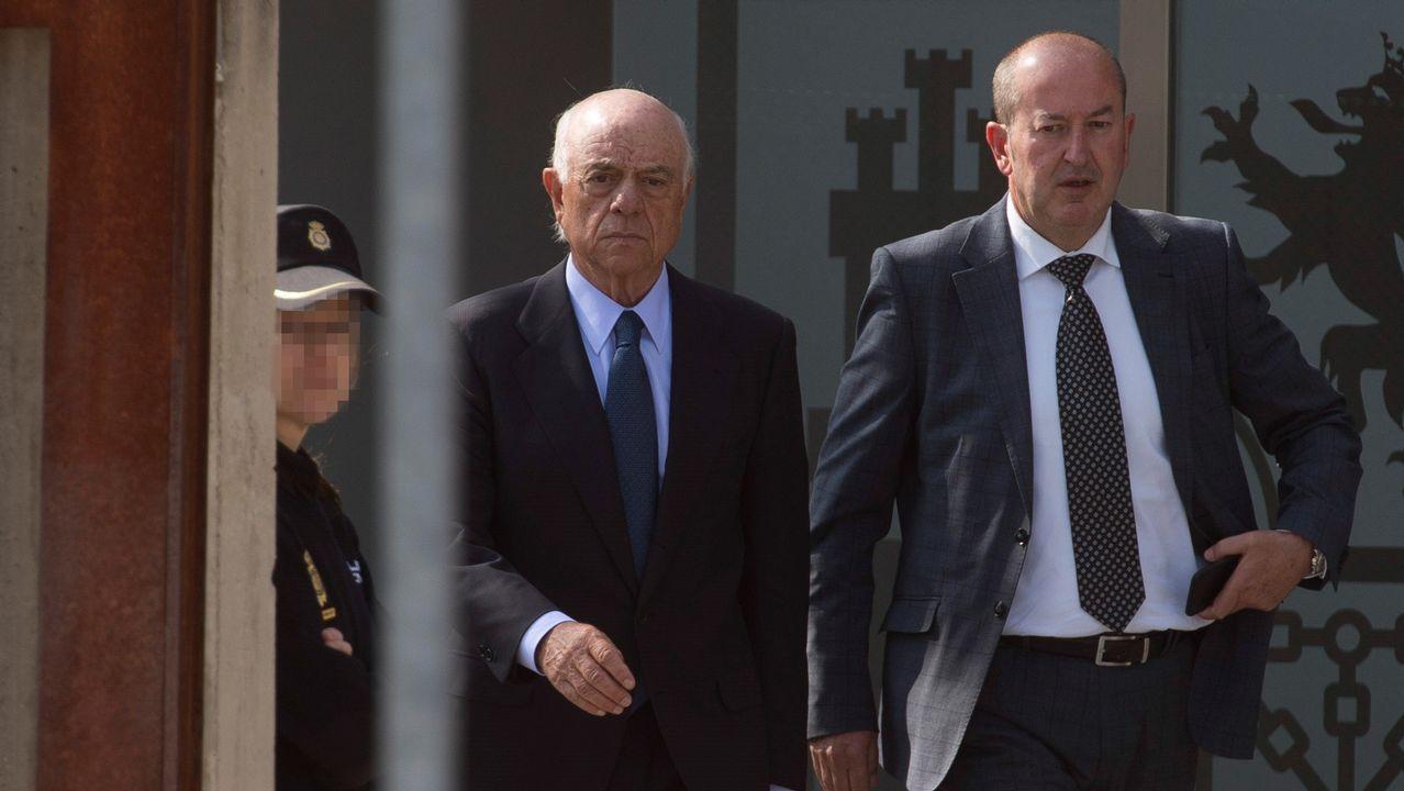 Francisco González sobre Rato: «Le dije que lo mejor era que dimitiera».Adolfo Fraguas, responsable de los servicios jurídicos del banco