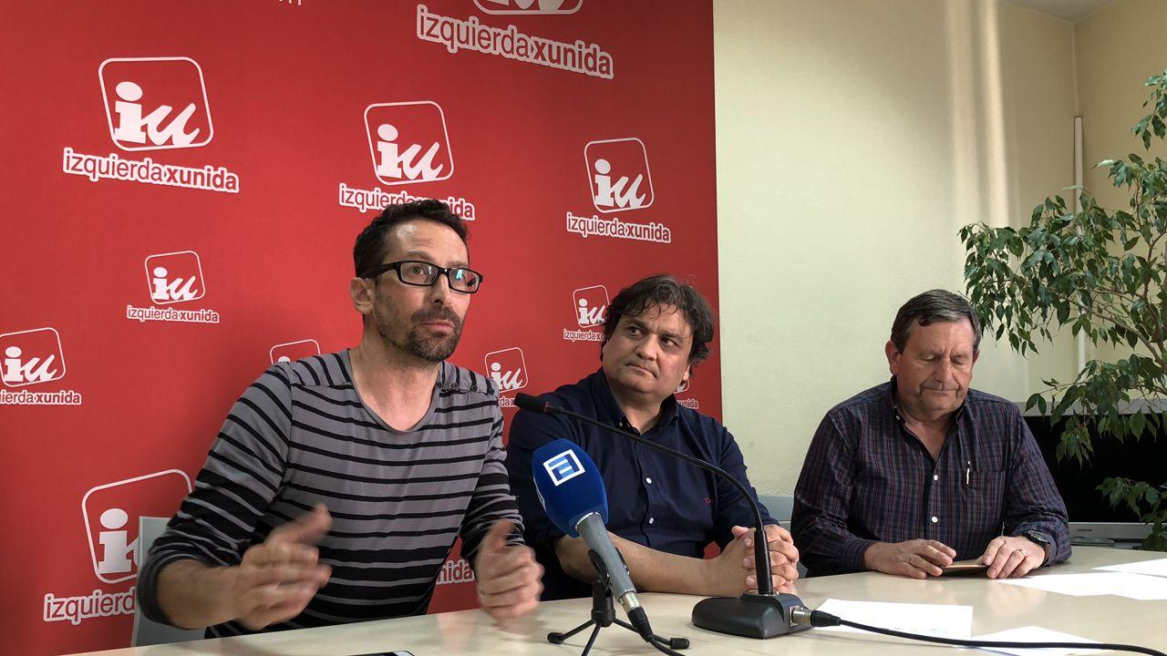 Ismael González en primer plano, junto a Alejandro Suárez y Fernando Díaz Rañón