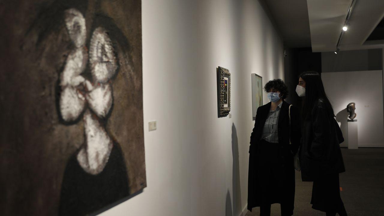 Así son las creaciones más originales con barro de Malpica.«Retrato aséptico de muller» de Alexandro