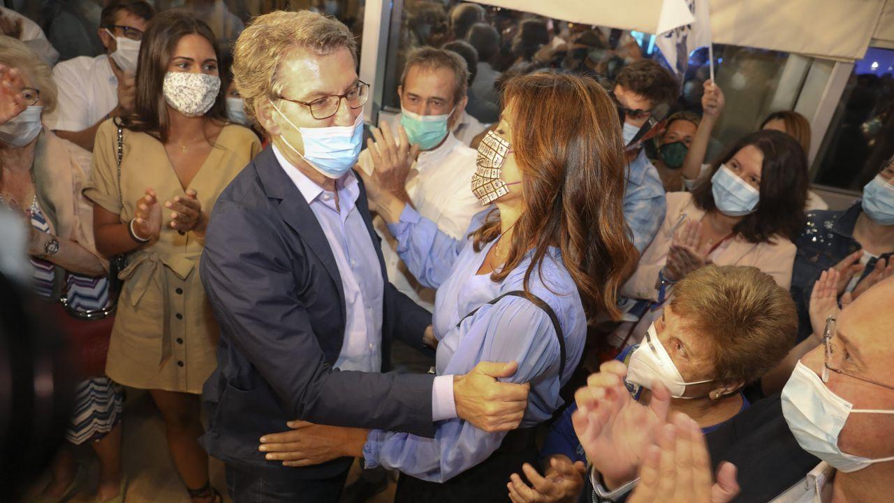 Feijoo celebró la victoria con su pareja, Eva Cárdenas