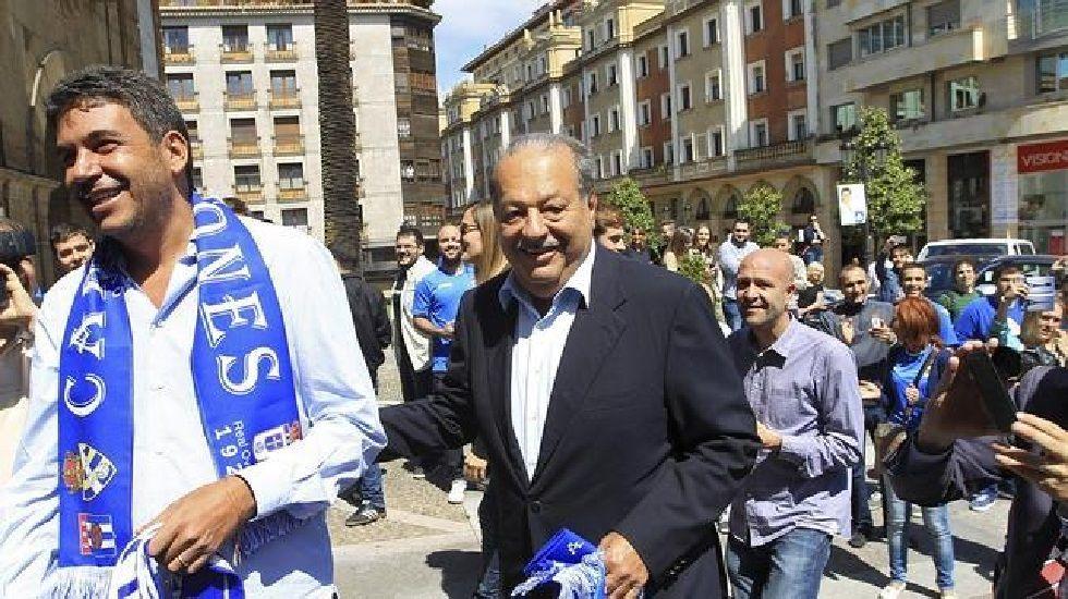 Arturo Elías y Carlos Slim en una de sus visitas a Oviedo