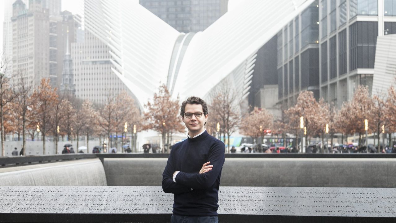 Pardo en Nueva York, donde trabaja para el Ayuntamiento