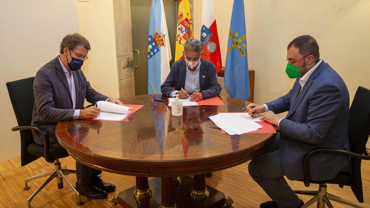 Los presidentes autonómicos Alberto Núñez Feijóo, Adrián Barbón y Miguel Ángel Revilla
