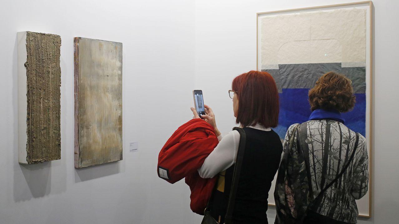 Dos excepcionales telas del coruñés Teo Soriano y una de Lluis Lleó en la galería catalana Marc Domènech