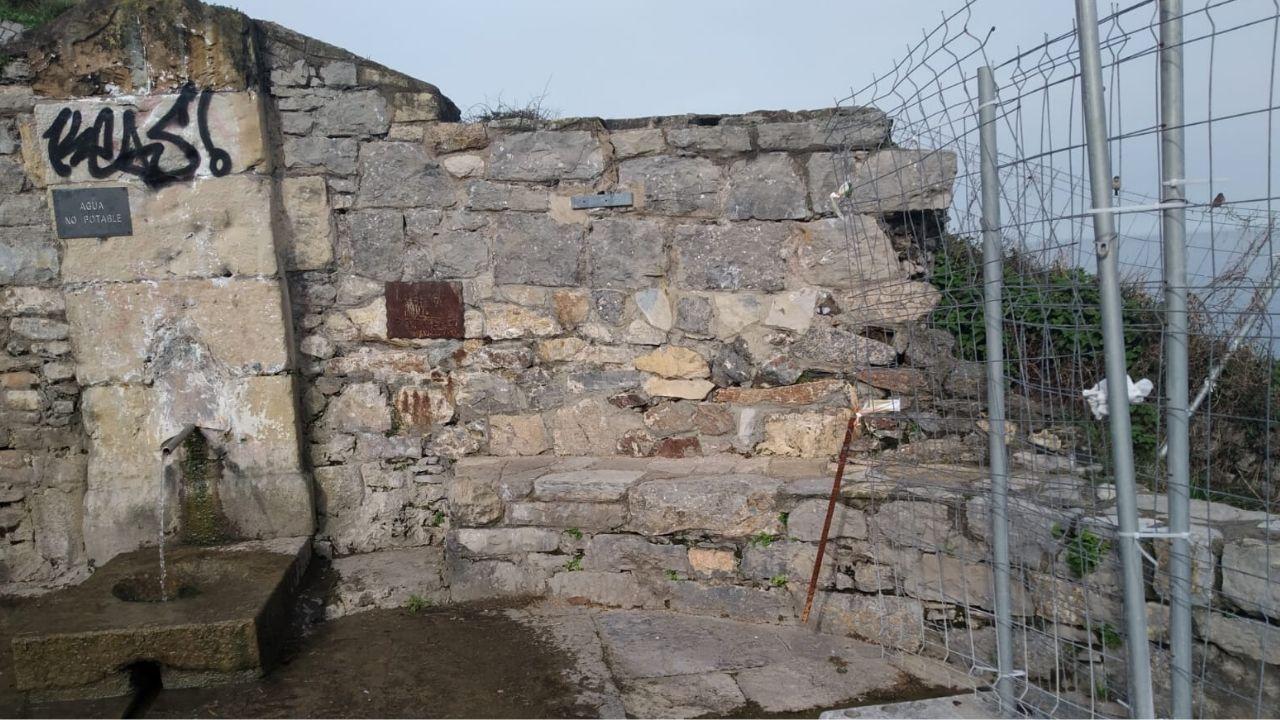 Proyecto Tabacalera Gijón puzle.Estado en el que se encuentra la fuente del cerro de Santa Catalina