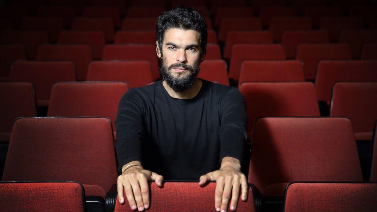 Regata de vela Ramiro Carregal de Ribeira a Portosín.O director Óliver Laxe, na presentación na Coruña da película «O que arde»