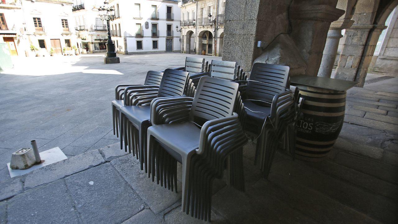 Alfonso Rueda se conectó a la reunión con los turoperadores desde la sede de la Xunta en Pontevedra