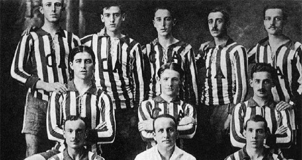 Primer equipo del Club de Fútbol Asturias