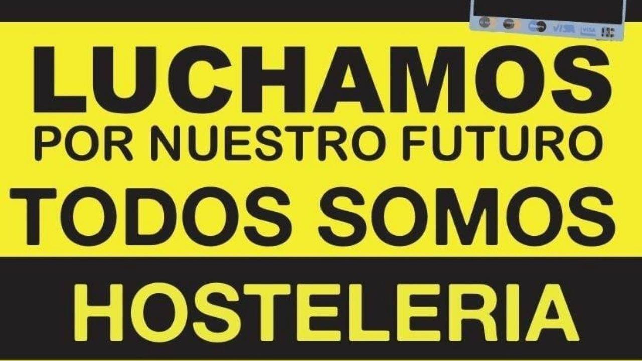 La protesta de los sanitarios en Cabueñes.Cartel anunciando la marcha prevista para hoy