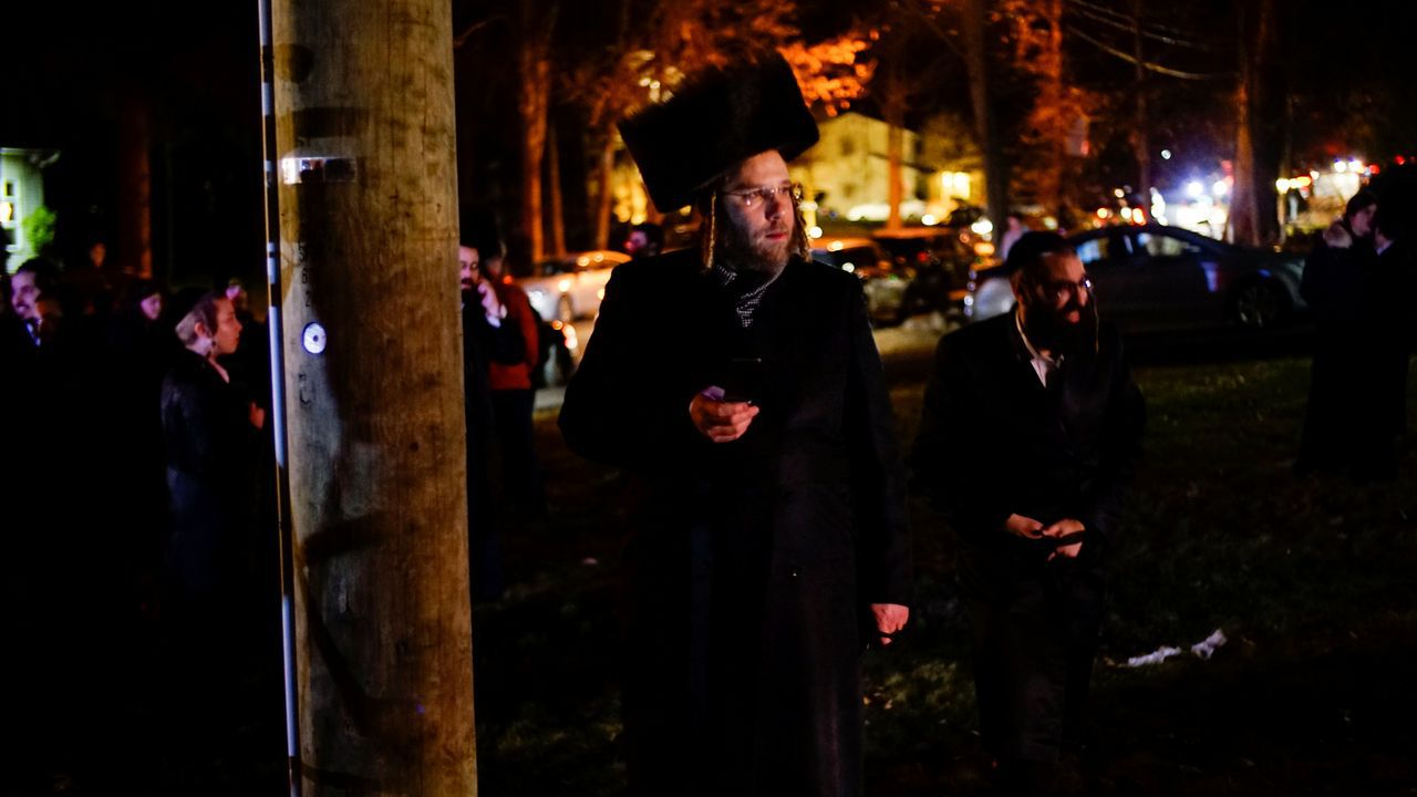 El apuñalamiento tuvo lugar en en el barrio de Mosey, en Ramapo, donde reside una importante comunidad de judíos ortodoxos.