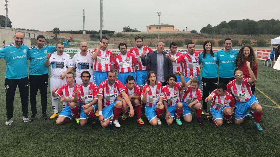 ¿Acudiste al primer Trofeo Vila de Noia entre el conjunto local y EFM Boiro?.Bieito Lovera y Sara Cal, fallecidos en el trágico accidente de la AP-9 en Vigo, en sendas fotos de su Facebook