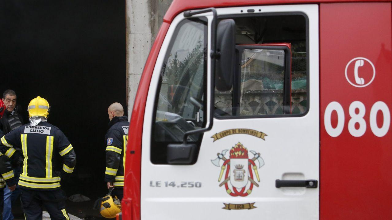Las llamas calcinan un bajo de la calle Justicia.Paz Fernández Campo es la gerente del Tanatorio Monforte, fundado a finales de los noventa