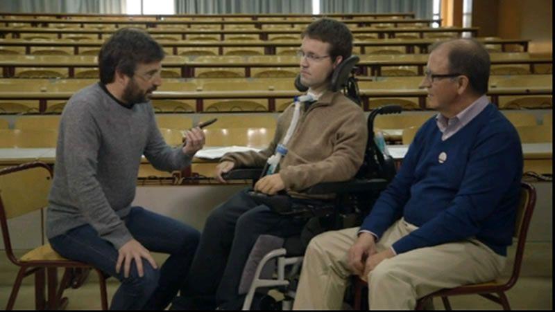 dasf.Sánchez rechazó por inadecuada la invitación de Mas para que Rajoy acuda a la Generalitat.