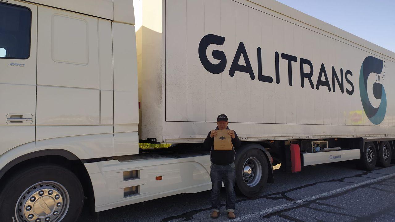 El vicepresidente Rueda, en la plataforma logística desde la que se distribuye material a los Concellos
