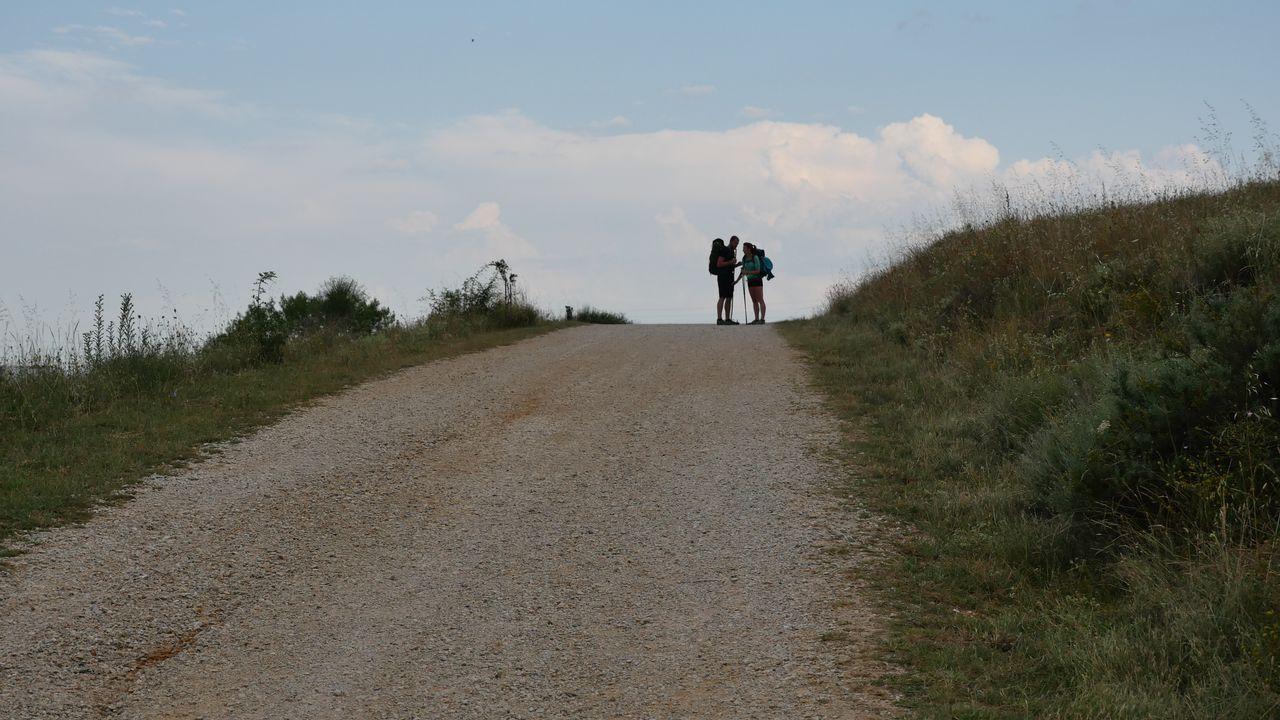 Pareja de peregrinos, cerca de León