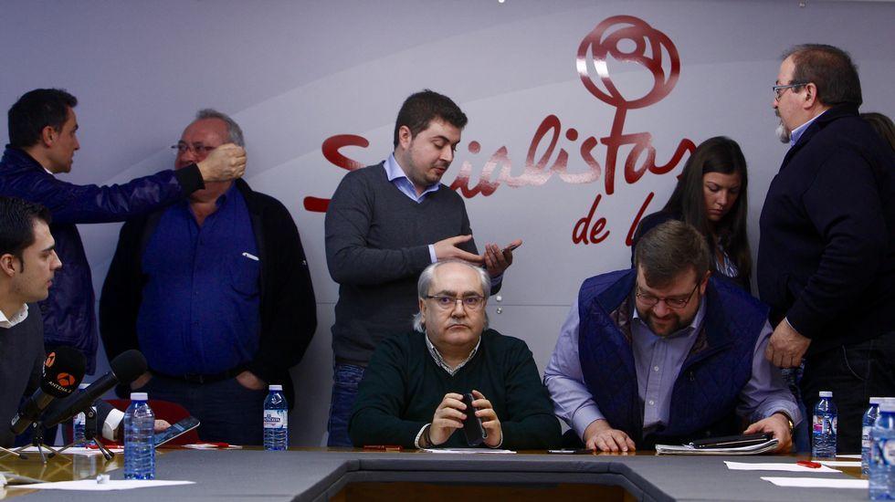 Los tentáculos de la Pulpo enredan a Besteiro.Pedro Sánchez y Besteiro, en una imagen del pasado jueves, durante la visita del secretario general del PSOE a A Coruña.