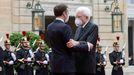 Emmanuel Macron y Sergio Mattarella, el pasado día 5 en París, durante la visita del presidente italiano a Francia