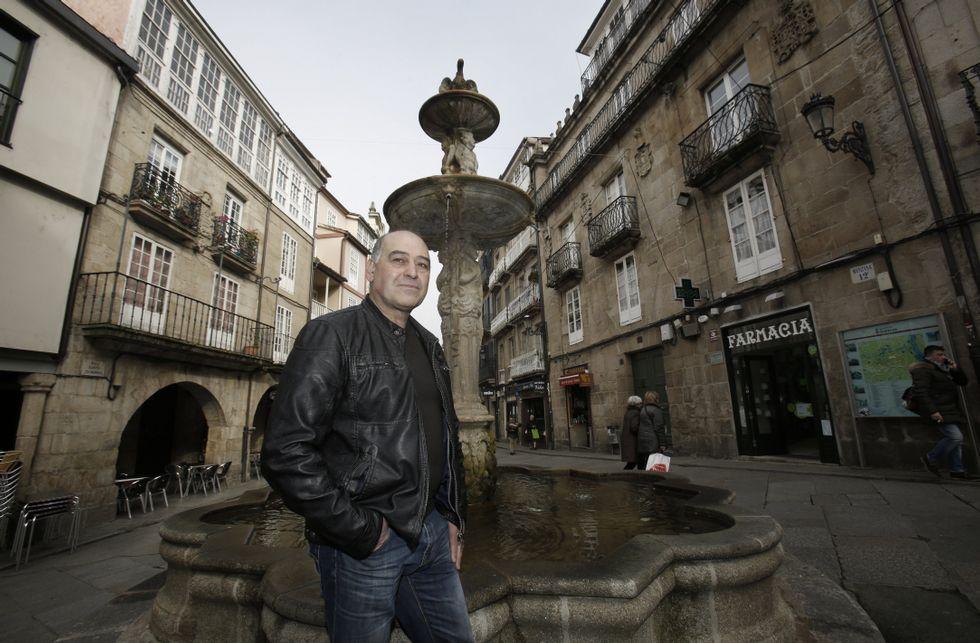 Celso Fernández escolleu a Praza do Ferro como un dos lugares emblemáticos da cidade