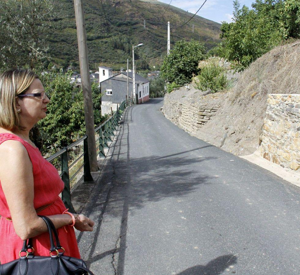 Una de las obras incluye la ampliación de la carretera.