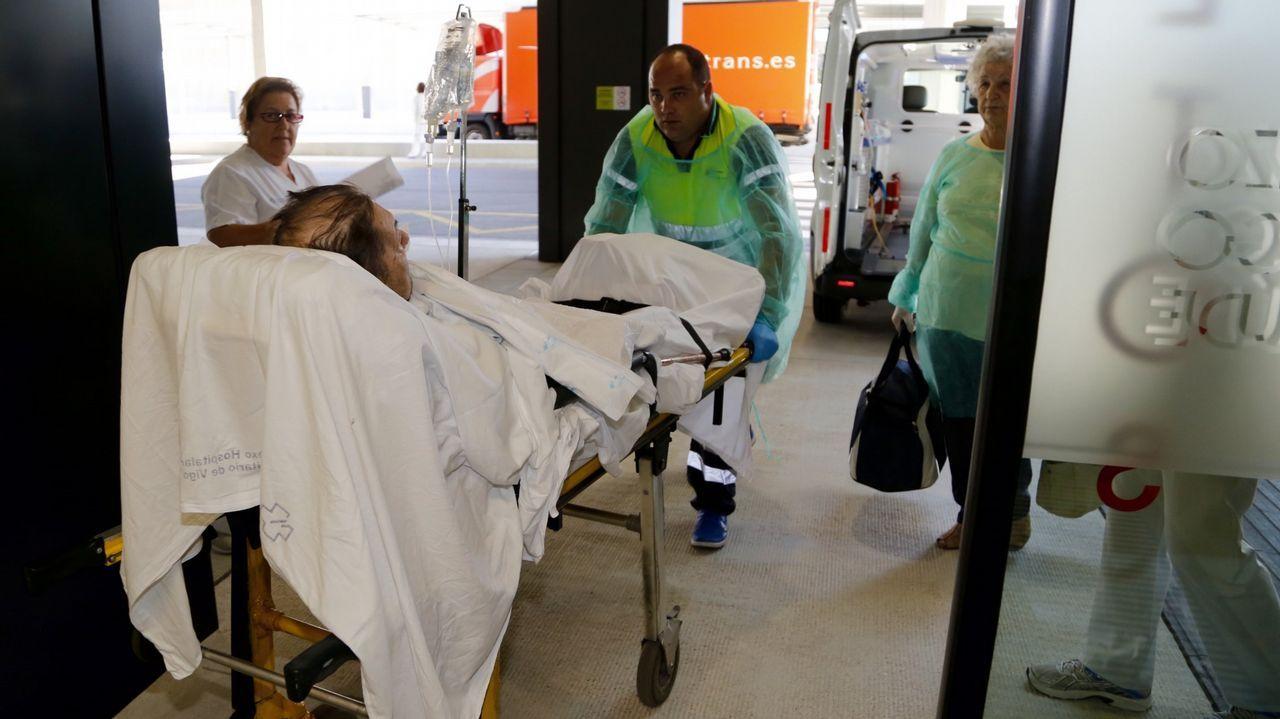 Imagen de pacientes trasladados al hospital hace tres años, durante la apertura