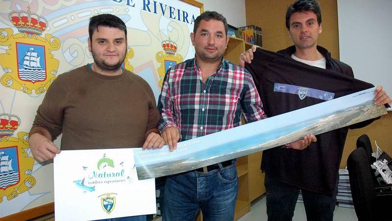 Niño Aconcagua DH.Quim Navarro (izquierda) pudo curarse sus ampollas en el hotel balneario Compostela, en Brión.