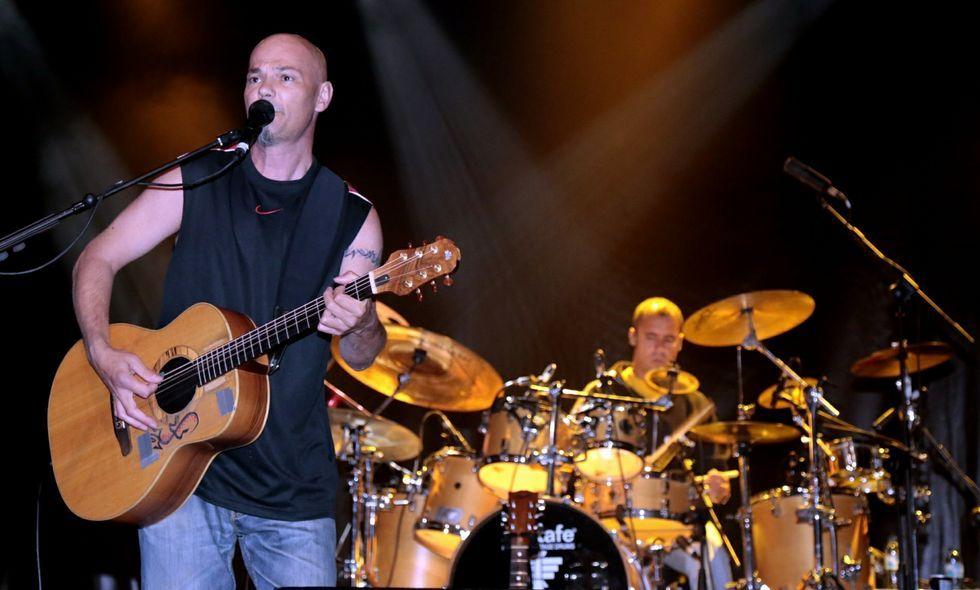 Garra y espíritu irmandiño en la Cea Medieval de Vimianzo.Laxe, en agosto del 2013, acogió el última concierto de Celtas Cortos en la Costa da Morte.