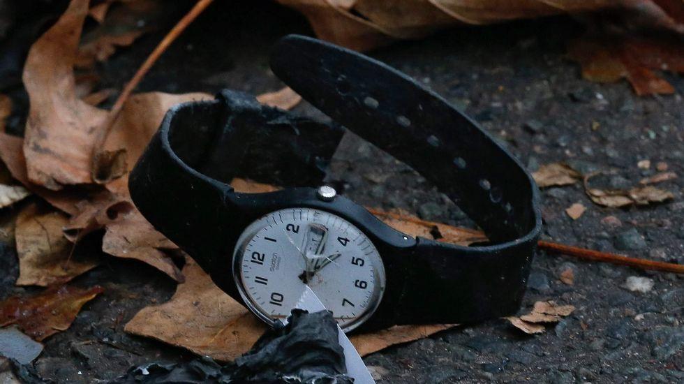 Un reloj roto cerca de la sala Bataclan.