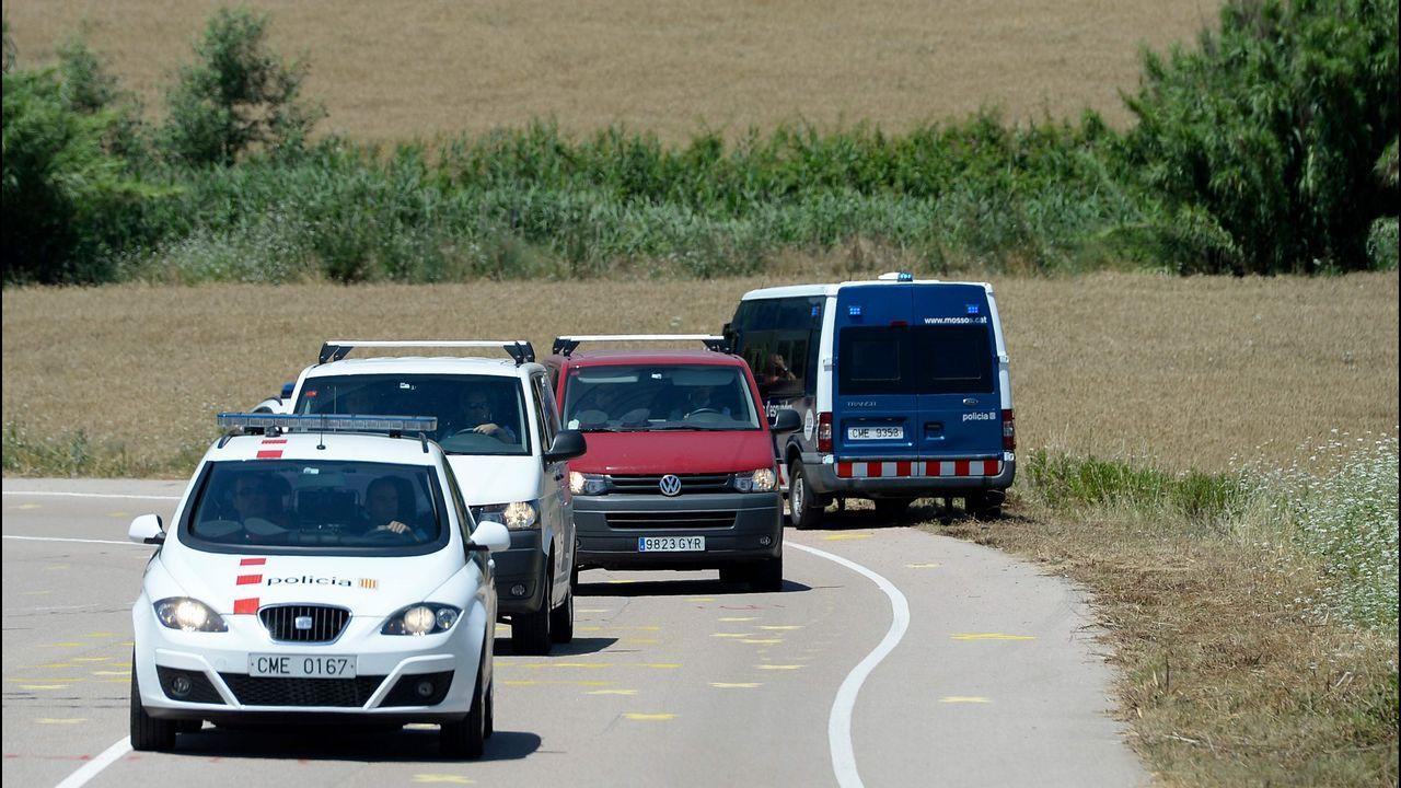 Comitiva que transporta a Junqueras, Romeva y los Jordis