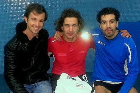 De izquierda a derecha, Joao Fernández, Iván Raña y Alfonso López.