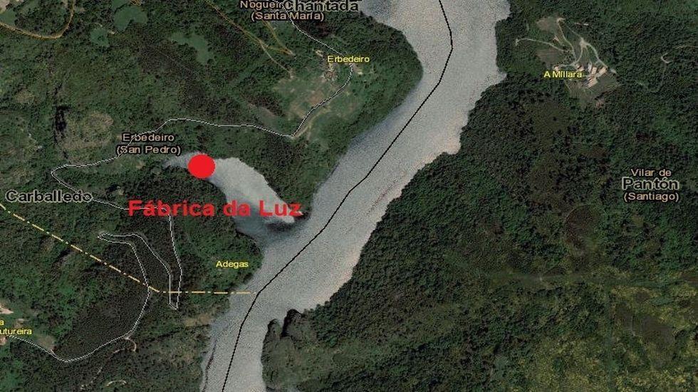 Plano con la ubicación de las ruinas de la antigua central, cerca de la aldea de Paradela, en Chouzán