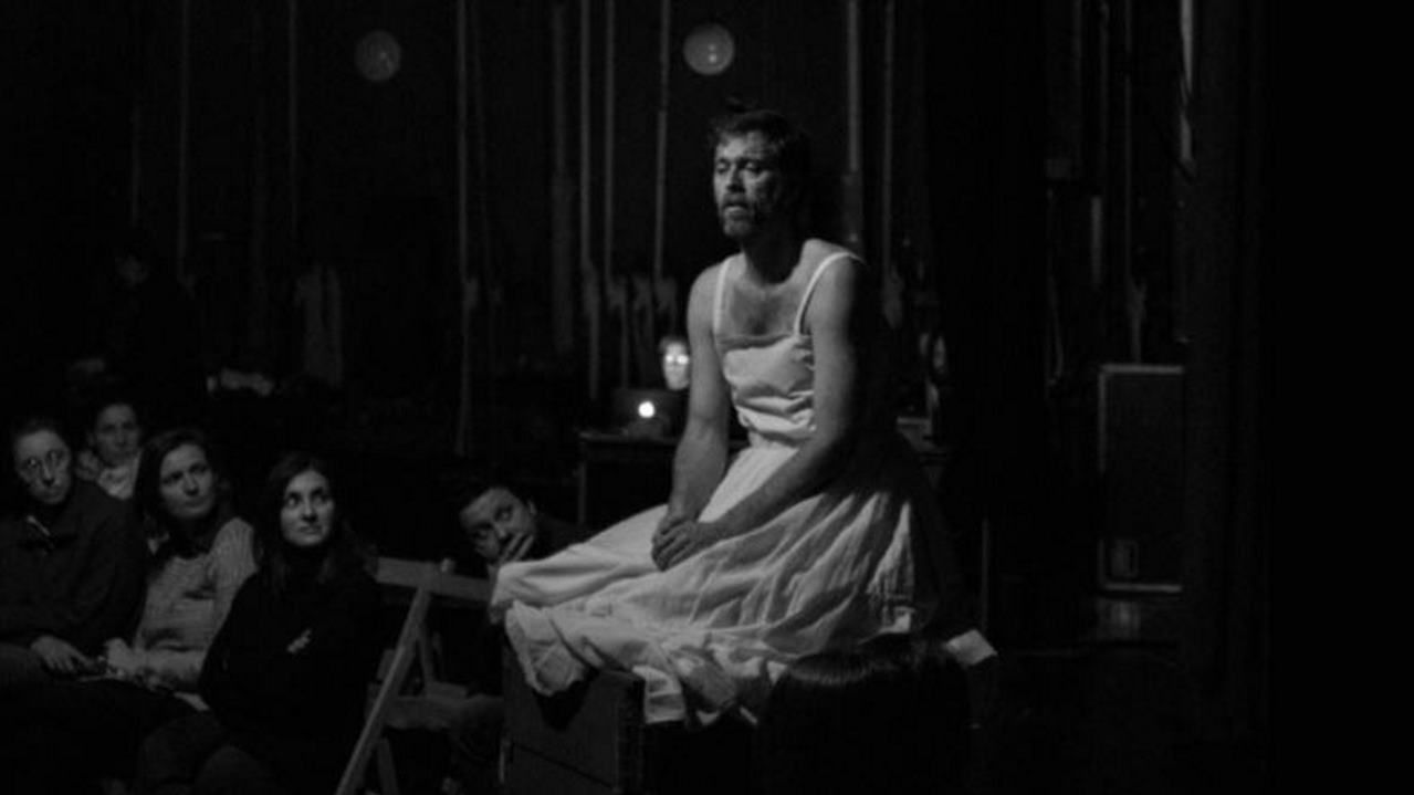 Extrato del libreto que presenta el montaje teatral de Poeta en Nova York, dirigido por Paloma Lugilde