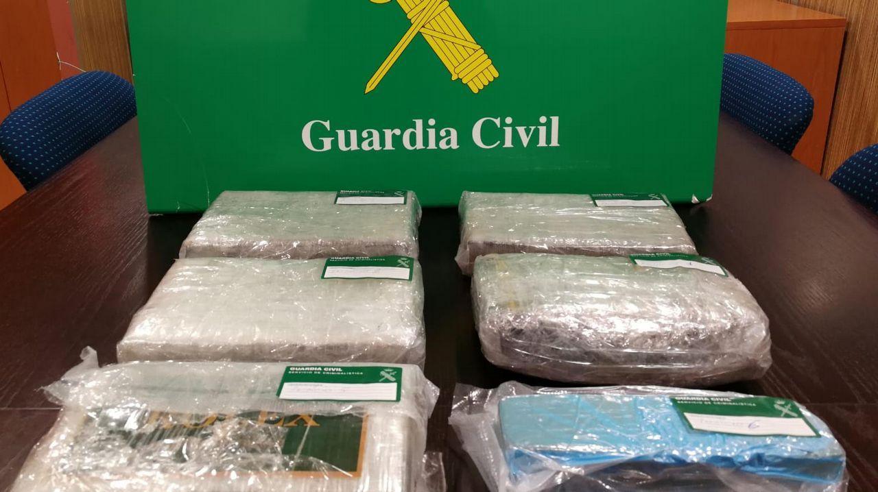 Cae una red que distribuía desde Vilagarcía cocaína y heroína por España.El último atentado terrorista atribuido a Resistencia Galega se cometió contra el Concello de Baralla en el 2014