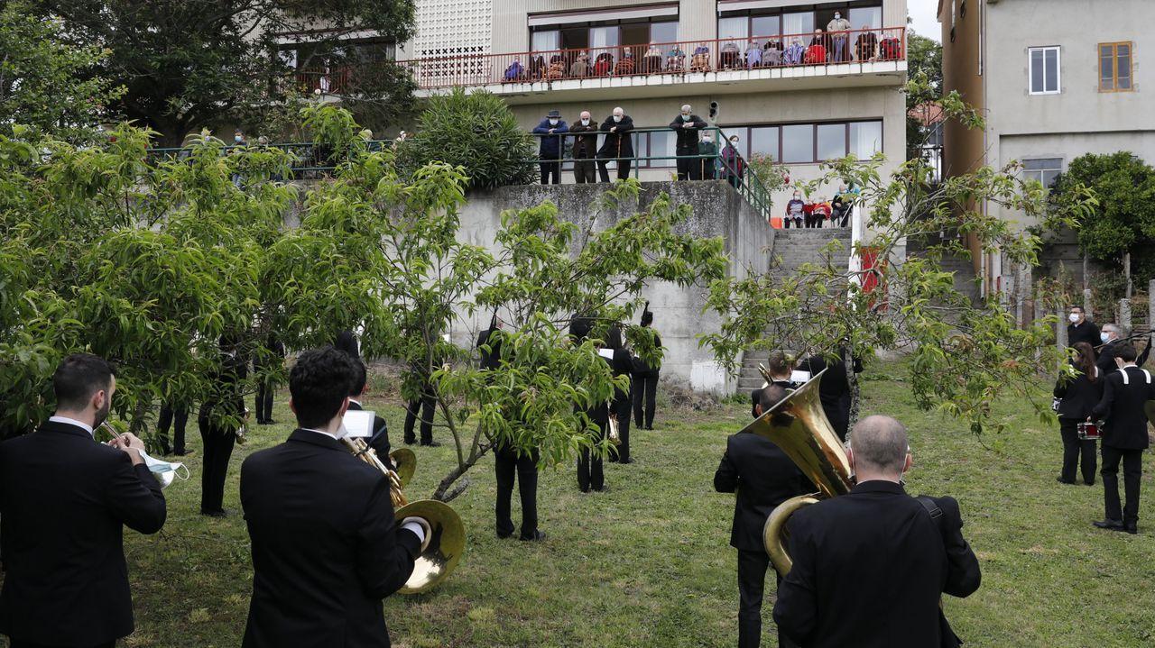 La Banda de Celanova ya participó en varios homenajes tras el estado de alarma