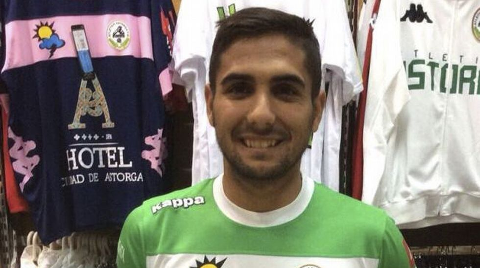 El noiés Antelo Paredes iniciará este año su cuarta temporada en el conjunto murciano.