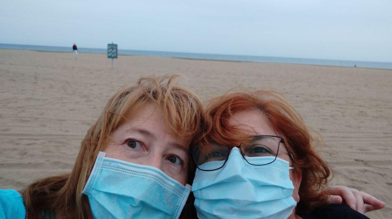 prueba del coronavirus en el aeropuerto de Los Angeles, en Estados Unidos