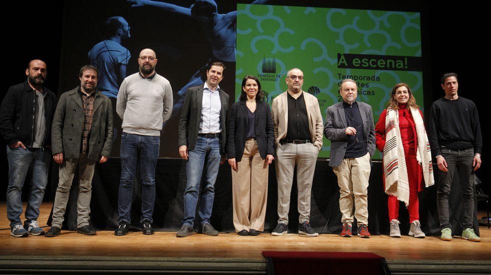 «Compostela, un ano de Voz».La presidenta de la Academia presentó el congreso junto a representantes del CCG, Xunta y SGAE