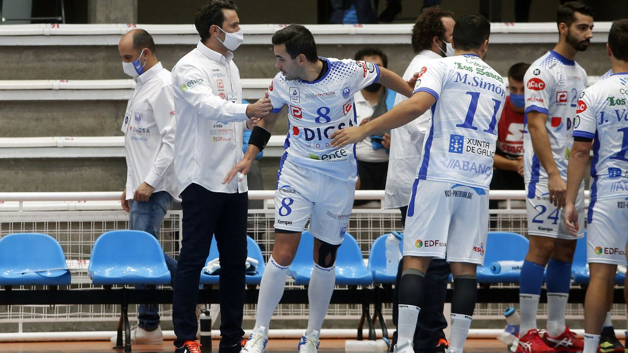 De izquierda a derecha: Víctor Font, Toni Freixa, Farré, Benedito, Lluís Fernández y Laporta