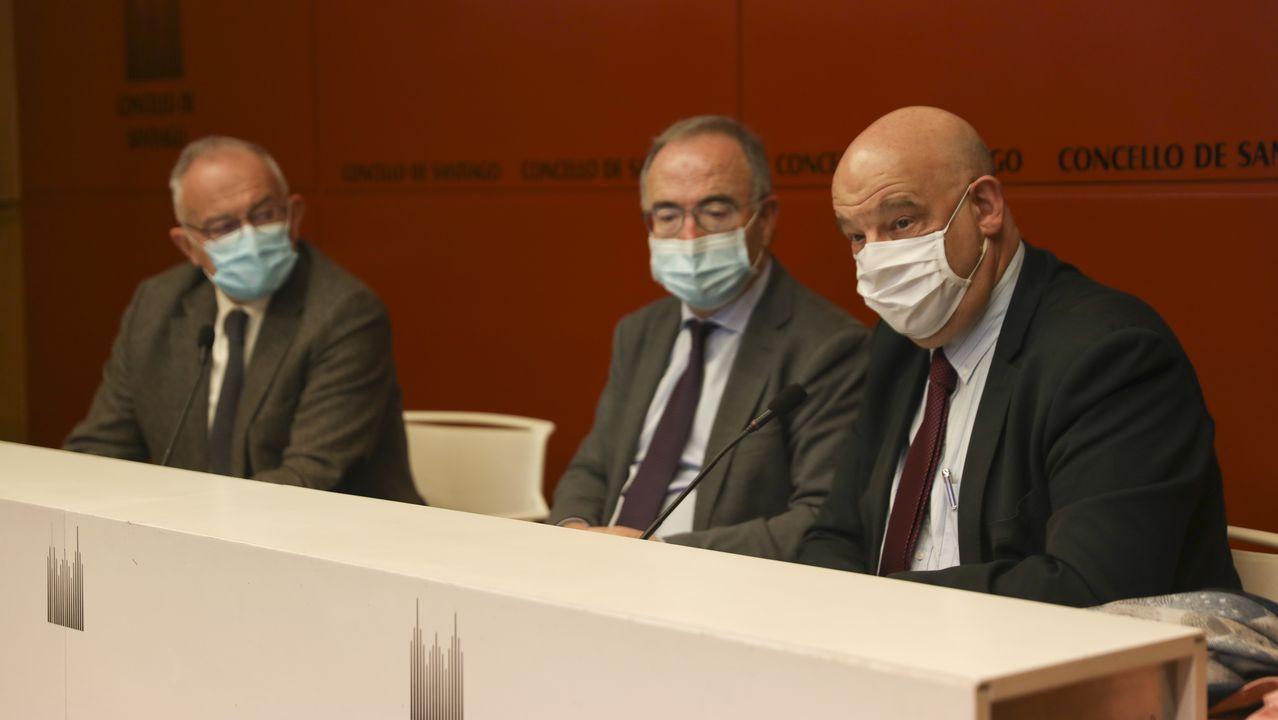 El alcalde Bugallo estuvo en el acto de presentación del documento
