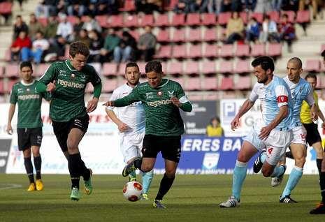 El partido amistoso fue para recaudar fondos para las categorías de base del Negreira.