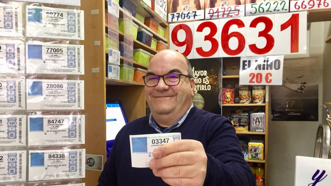 Administración de Lotería de Vigo que repartió alguno de los décimos del Gordo.