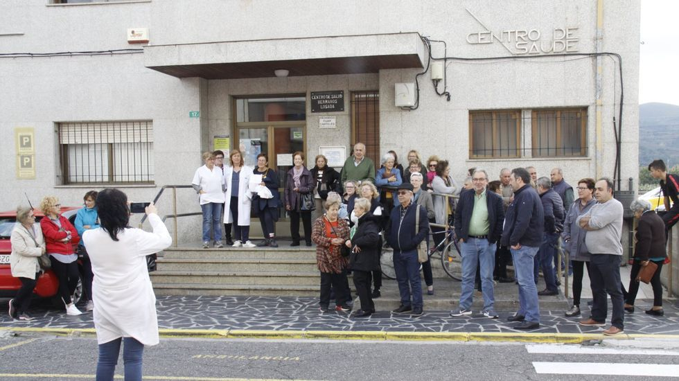 En el último año hubo varias concentraciones frente al ambulatorio reclamando un nuevo centro de salud