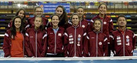 Las jóvenes jugadoras de Manolo Martínez aspiran a disputar el campeonato de España