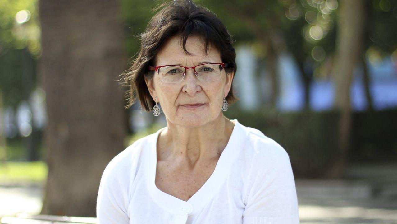 En «Fillo de Eva», Pilar Pallarés recolle 88 poemas de Carvalho Calero
