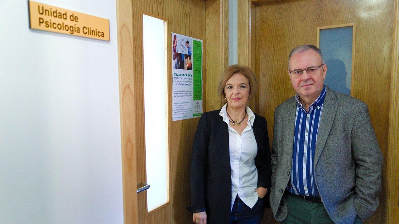 la investigadora Concepción Fernández Rodríguez y el investigador Marcelino Cuesta, de la Facultad de Psicología de la Universidad de Oviedo