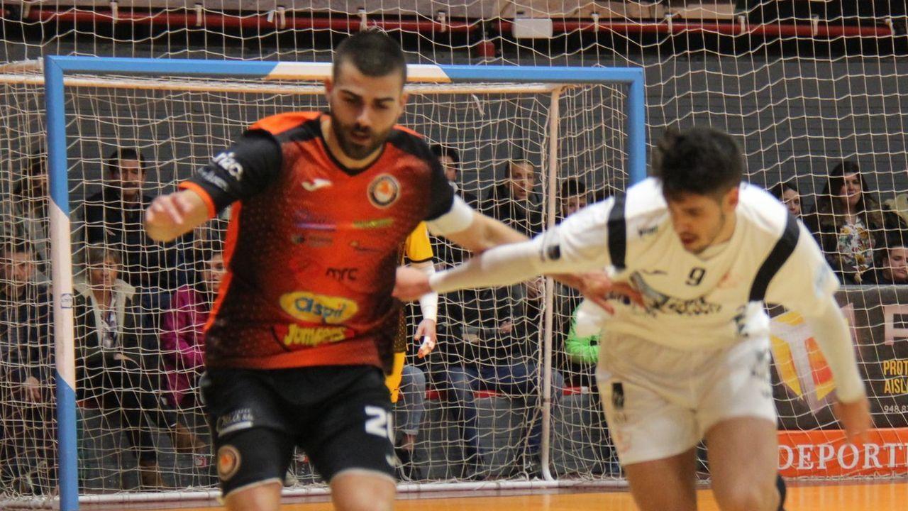 David Pazos en el duelo liguero contra el Burela en Tudela