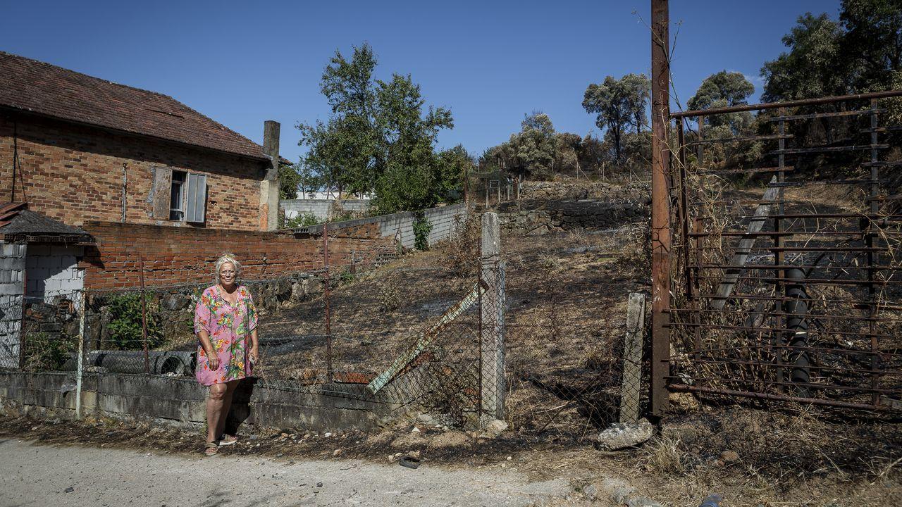 Parroquia de Canibelos afectada por un incendio.El incendio se declaró a las cinco de la tarde del viernes
