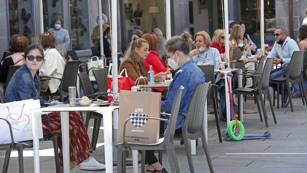 Terraza de un bar en la ciudad de Pontevedra