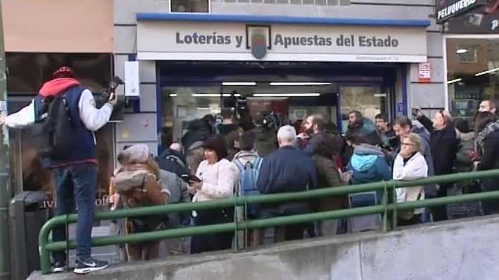 Disputa por la lotería en el PSOE.Carmin de la Pola
